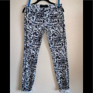 New! Karl Lagerfield Italy 26 comic print jeans